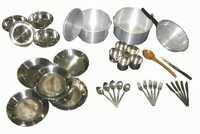 UNHCR Kitchen sets with Frying Pan